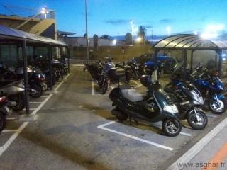 Parking moto au niveau du P3 - Terminal 1